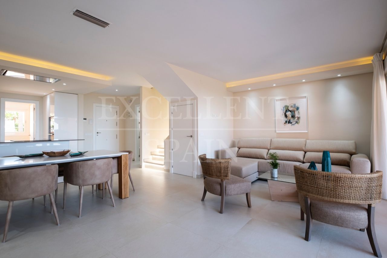 Town House in Bermuda Beach, Estepona