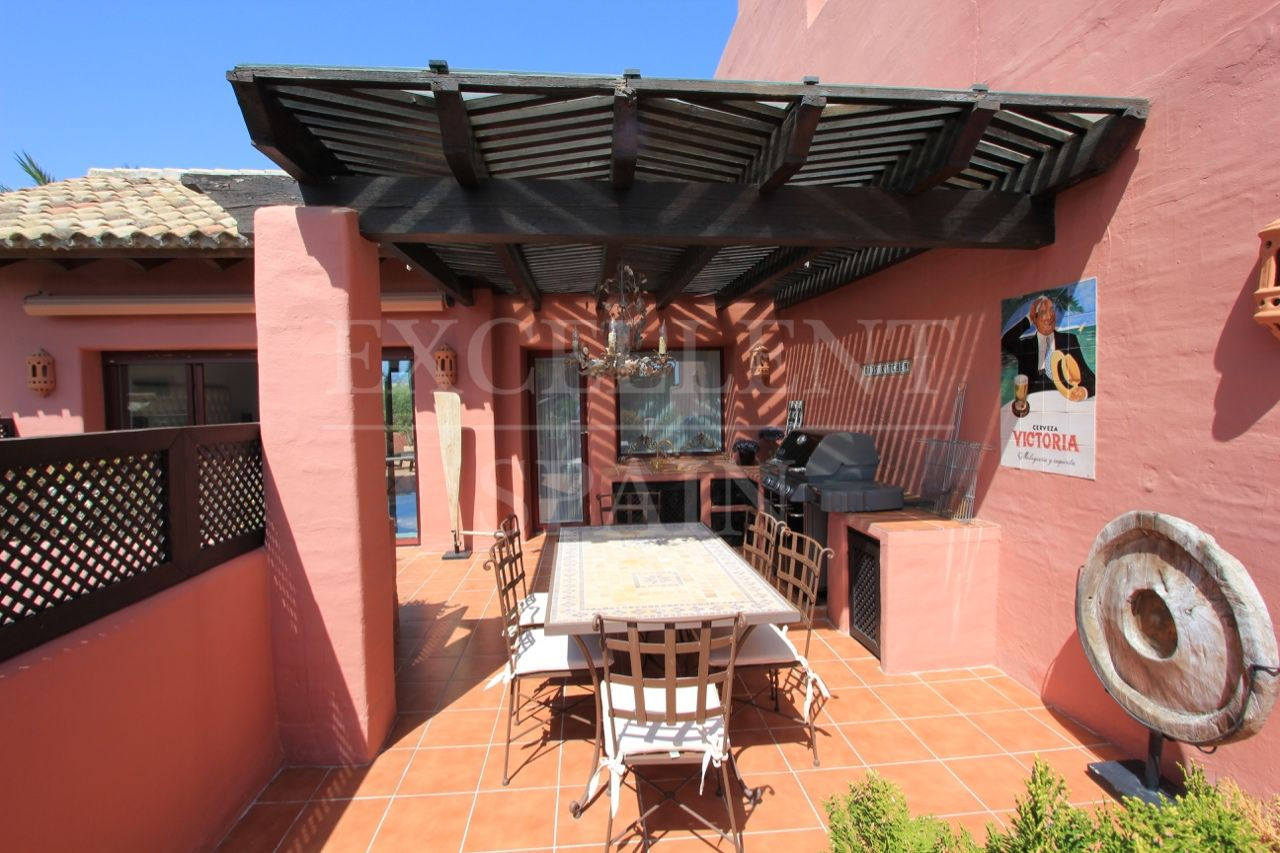 Penthouse in Menara Beach, Estepona