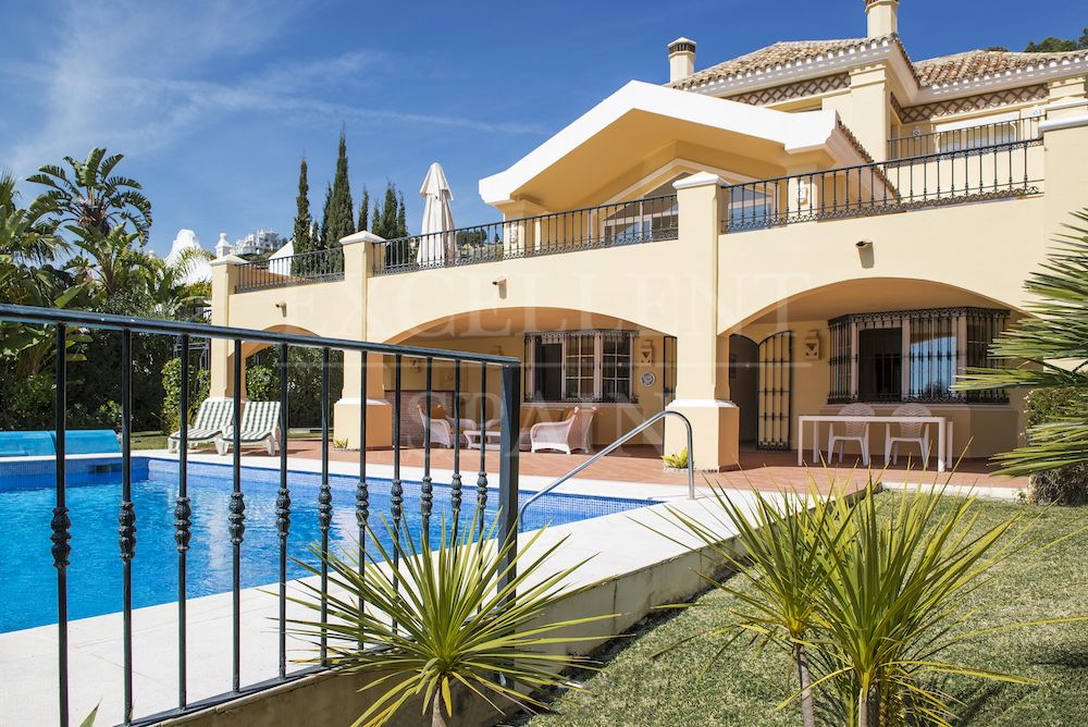 La Quinta, Benahavis, Costa del Sol, top quality villa for sale with great golf views