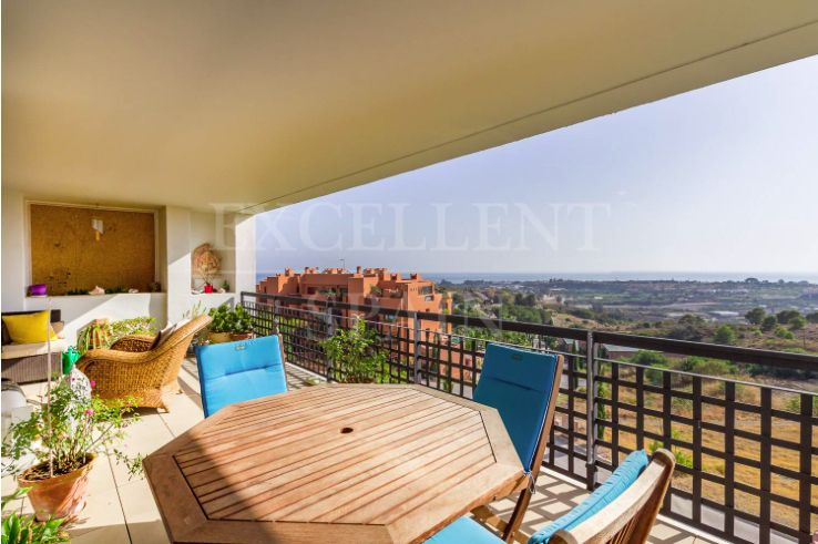 Alanda Flamingos, Benahavis, spacious, contemporary penthouse for sale