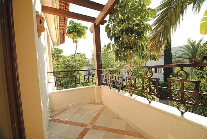 Appartement in Los Monteros Playa, Marbella East