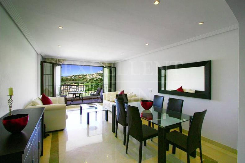 Apartment in Los Arqueros, Benahavis