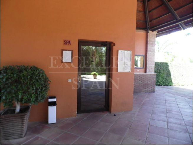 Penthouse in Benatalaya, Benahavis