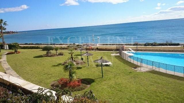 Los Granados Playa, Estepona New Golden Mile, appartement direct aan strand