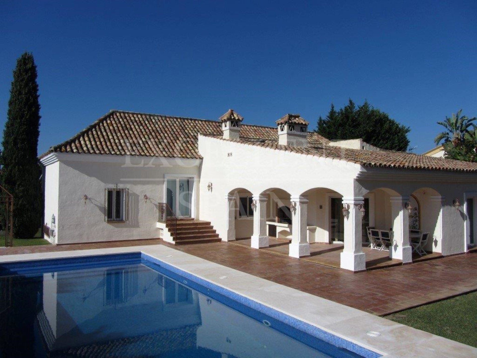 New Golden Mile, Estepona, Costa del Sol, classic Andalucian style property for sale