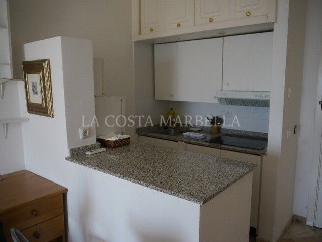 Apartment for sale in Elviria Playa, Marbella East