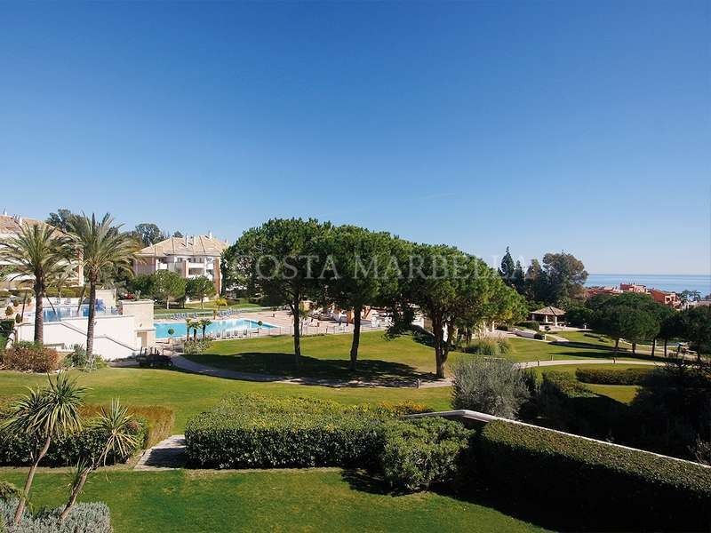 Apartment for rent in La Trinidad, Marbella Golden Mile