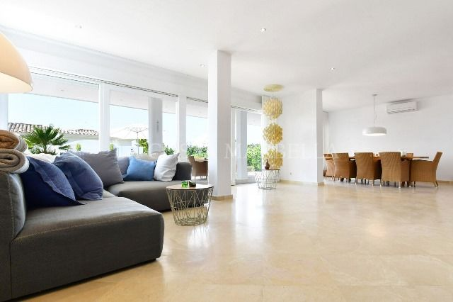 Villa for rent in El Rosario, Marbella East