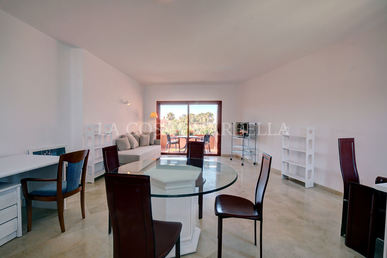 Apartment for rent in Alicate Playa, Marbella East
