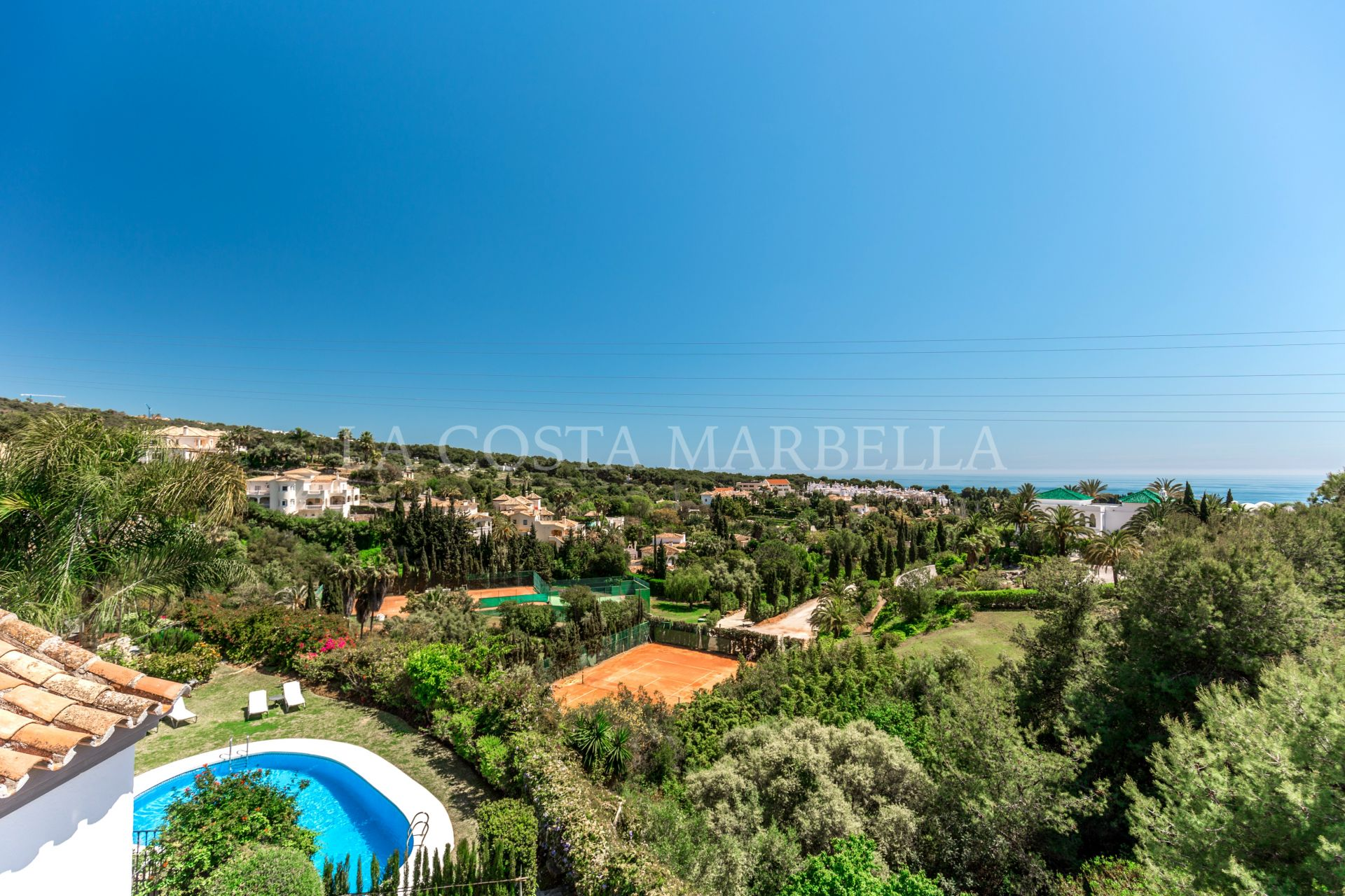 Semi Detached House for rent in Marbella Golden Mile
