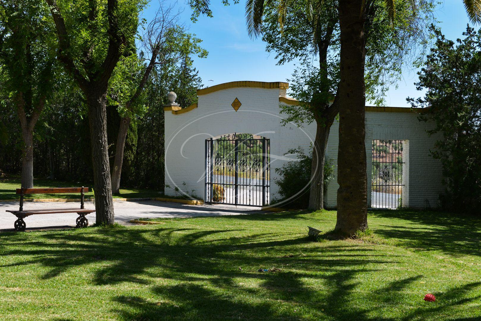 Cortijo for sale in Seville