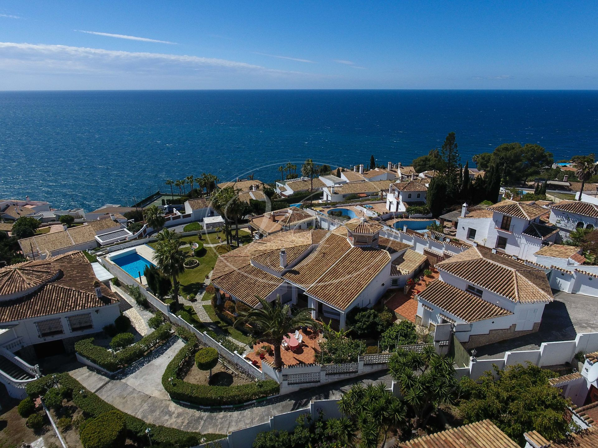 Villa for sale in La Herradura