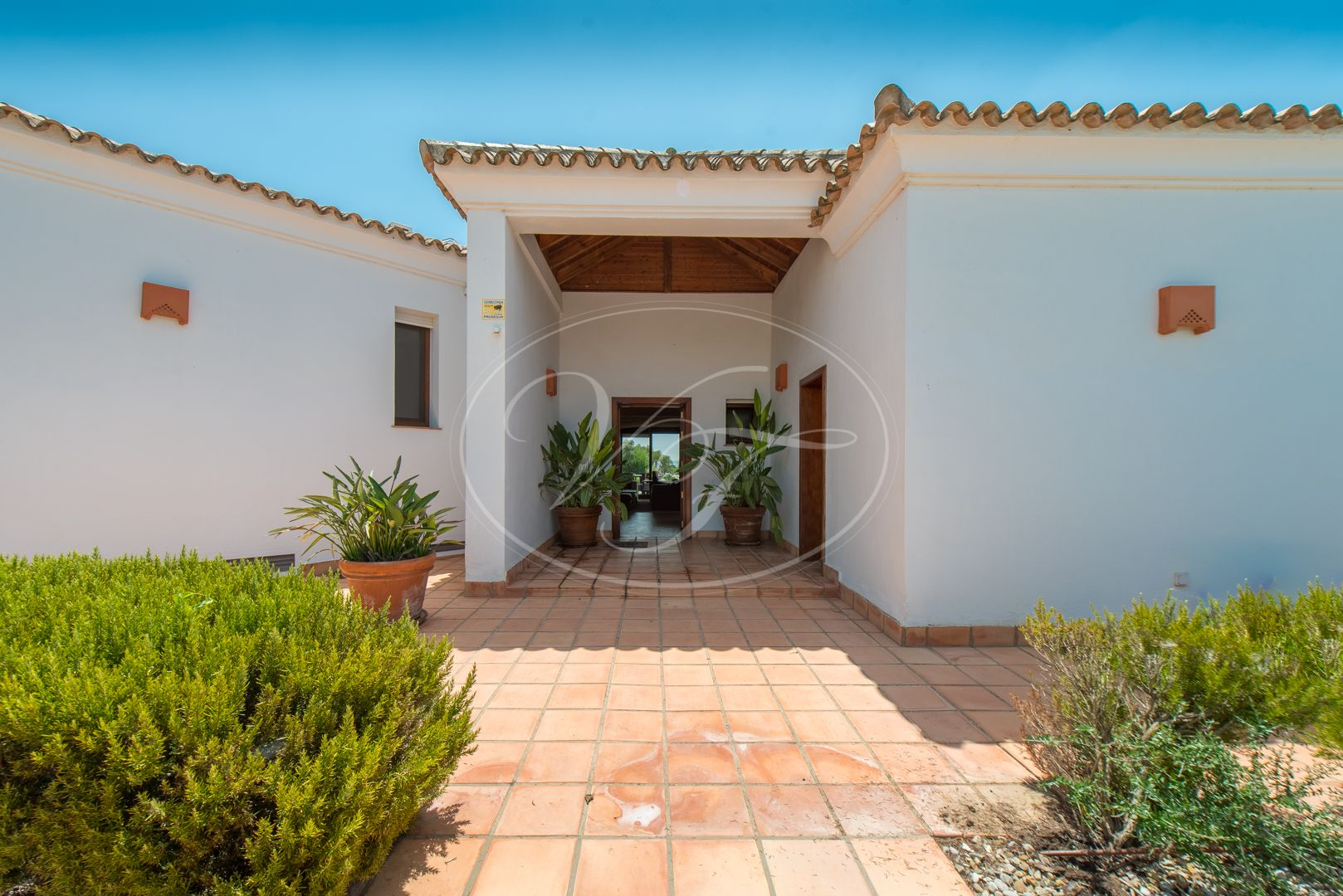 Villa for sale in Benalup - Casas Viejas