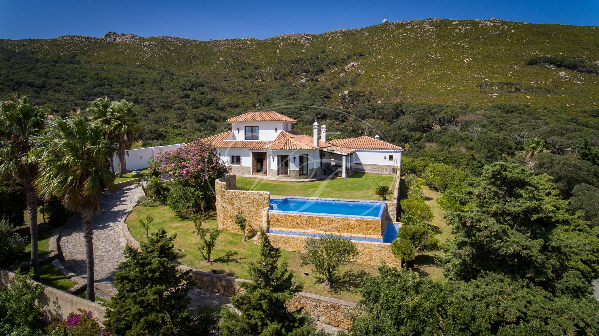 Villa for sale in Tarifa