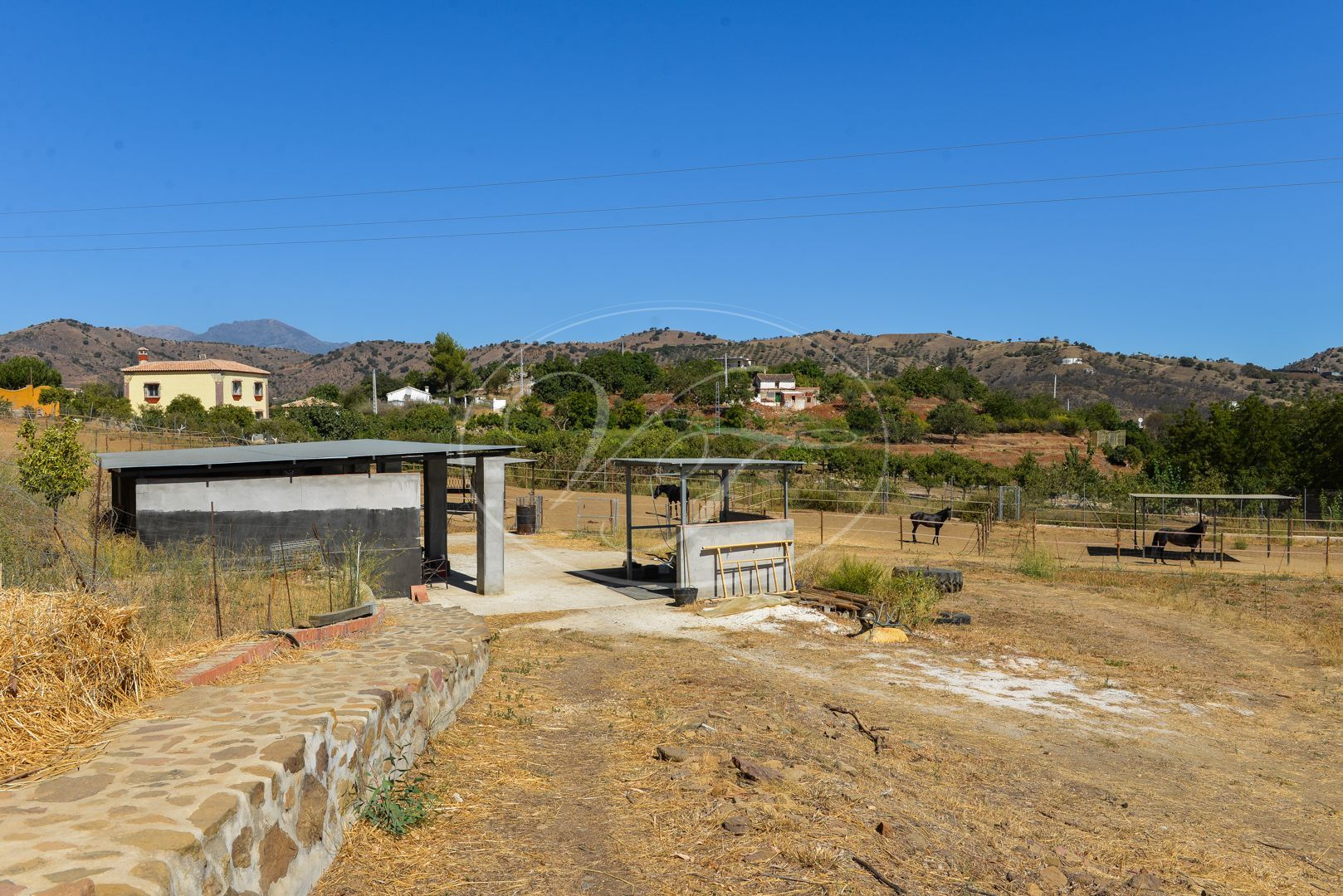Cortijo for sale in Coin