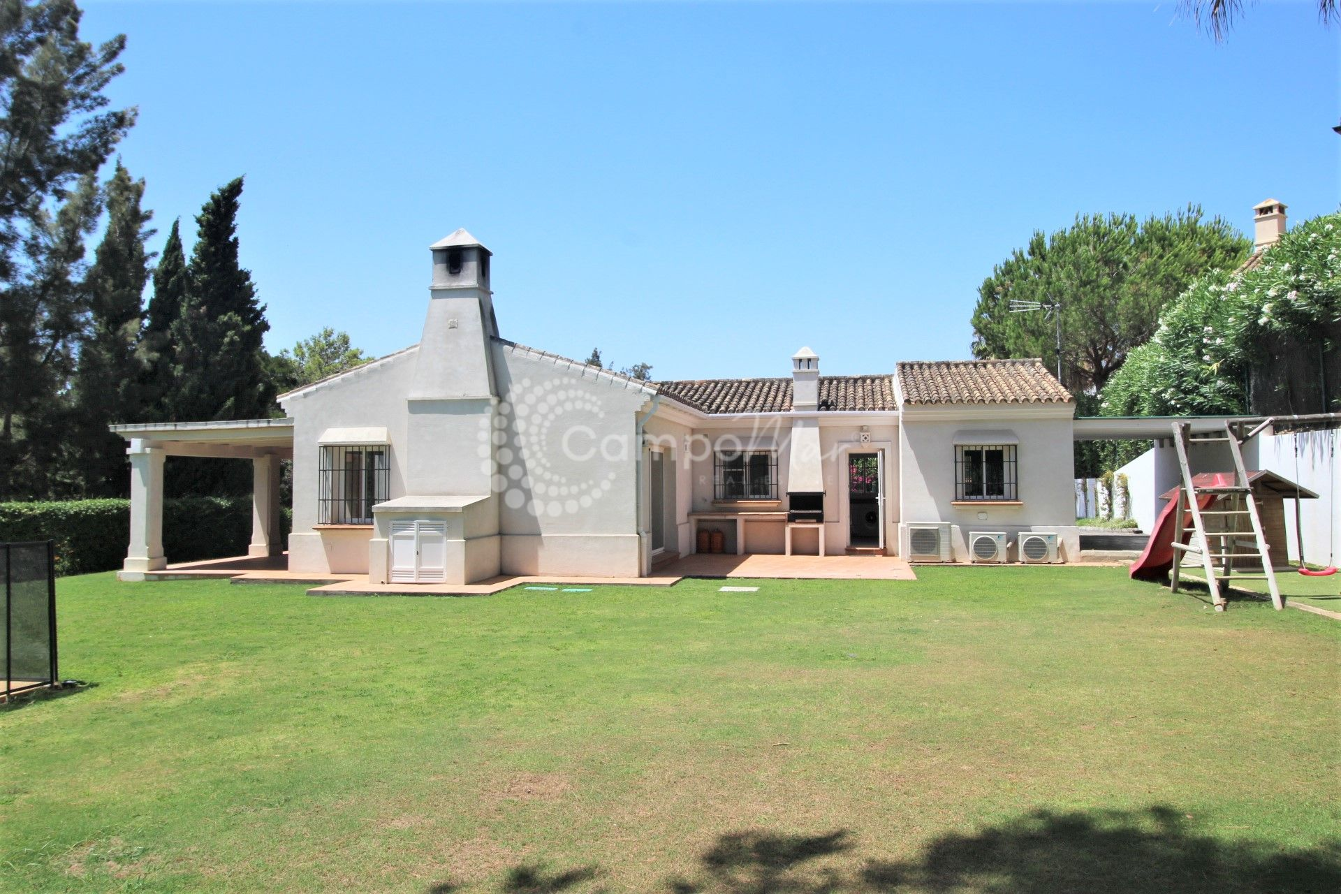Villa in Sotogrande Alto Central, Sotogrande