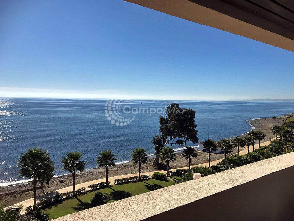 Apartment in Bahia de la Plata, Estepona