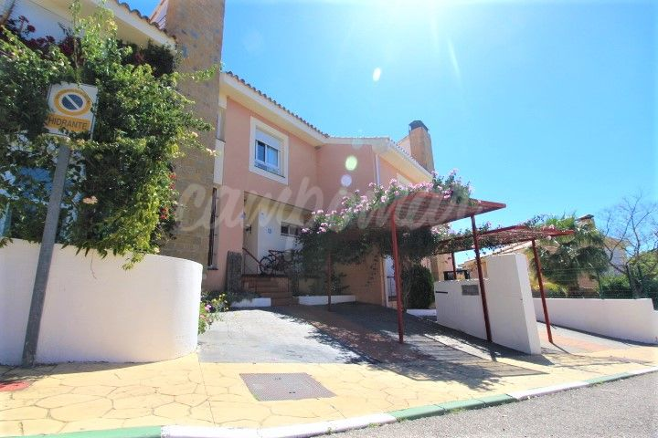 Town House in Forest Hills, Estepona