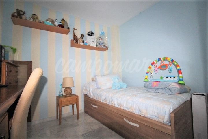 Apartment in Doña Julia, Casares