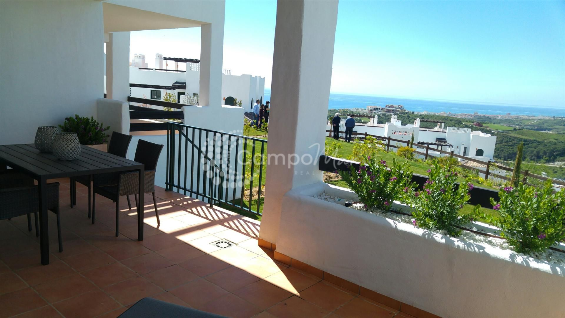 Ground Floor Apartment in Doña Julia, Casares