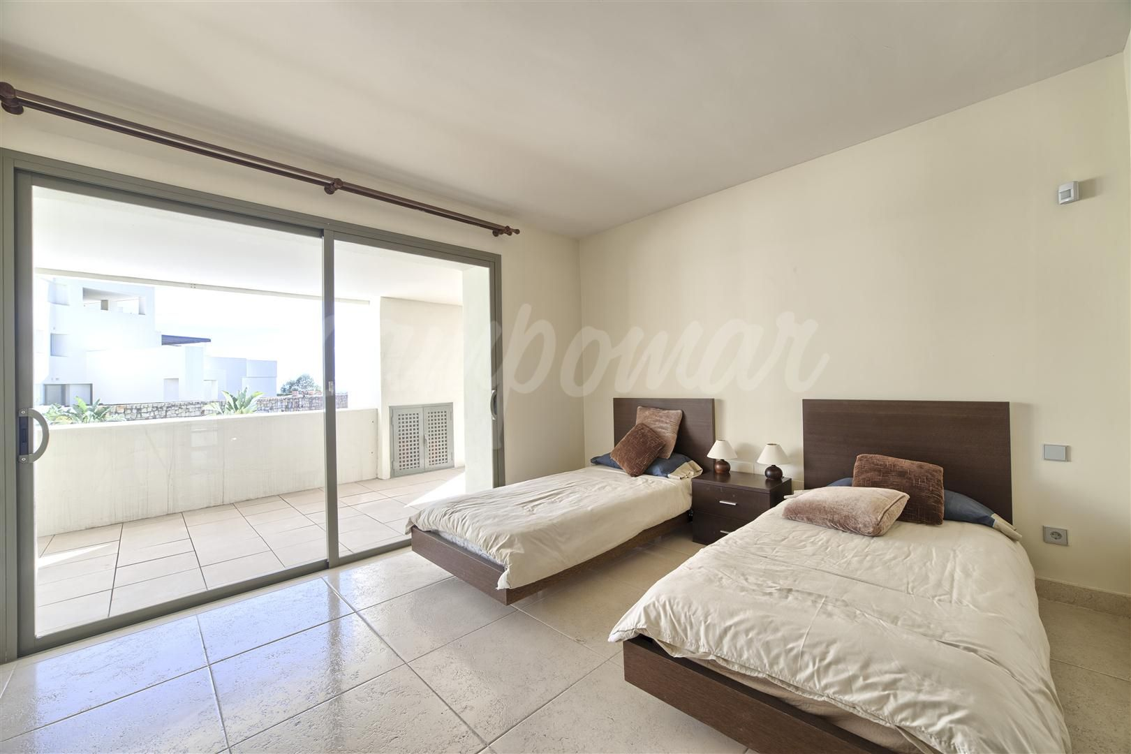 Apartamento en Los Flamingos Golf, Benahavis