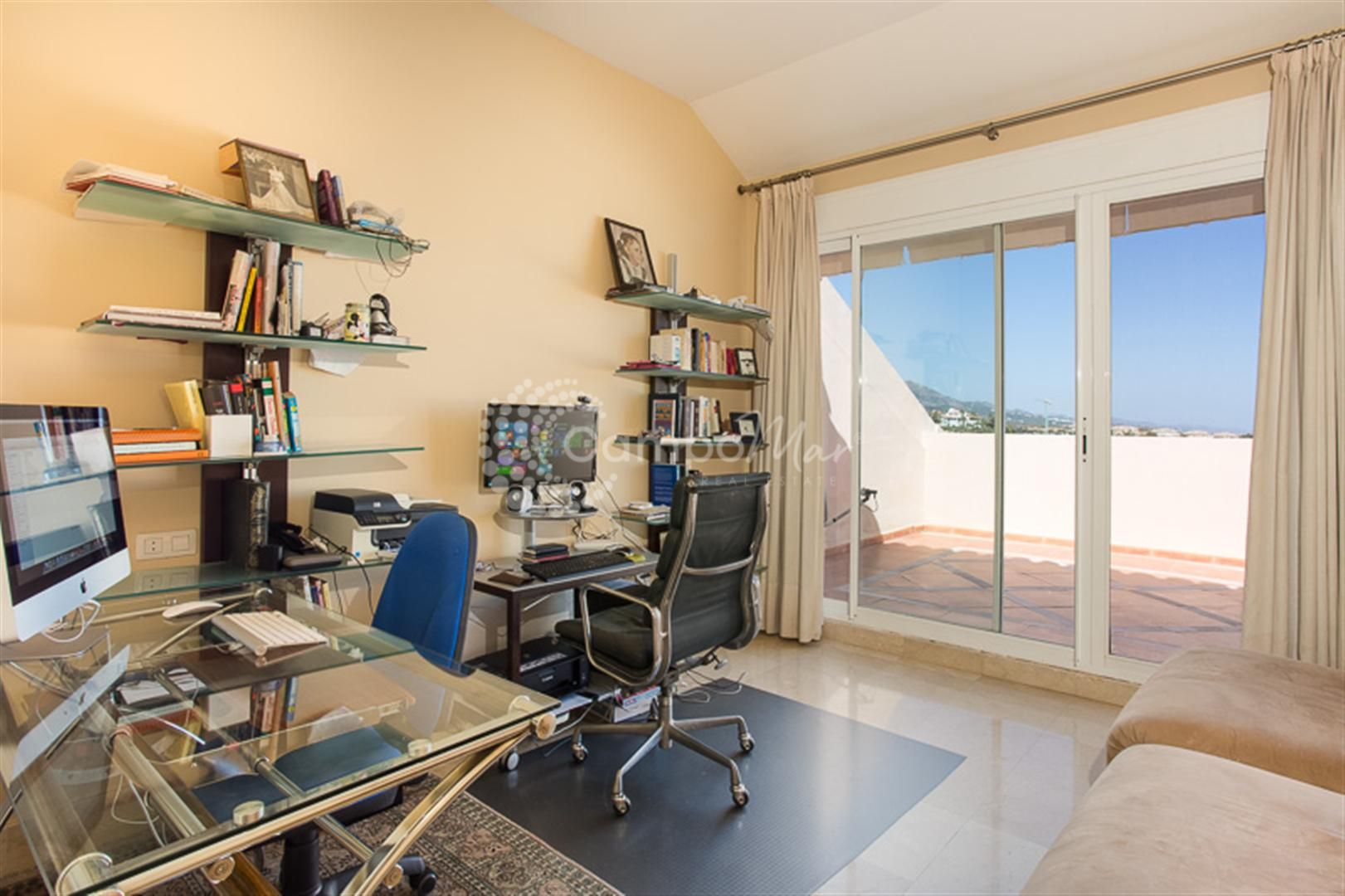 Penthouse in Albatross Hill Club, Nueva Andalucia