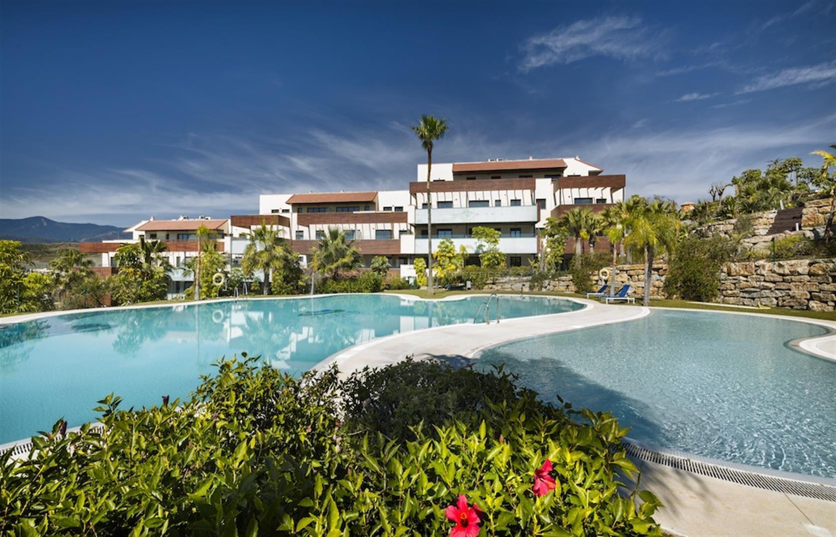 HOYO 19, apartamentos con vistas espectaculares en la urbanización Los Flamingos.