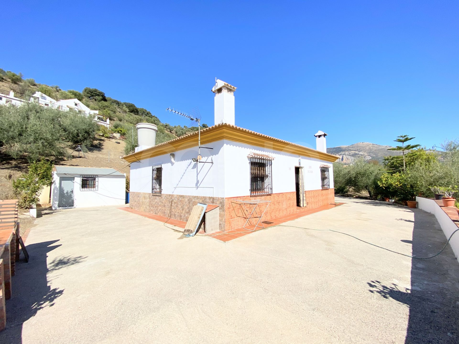 Finca for sale in Riogordo