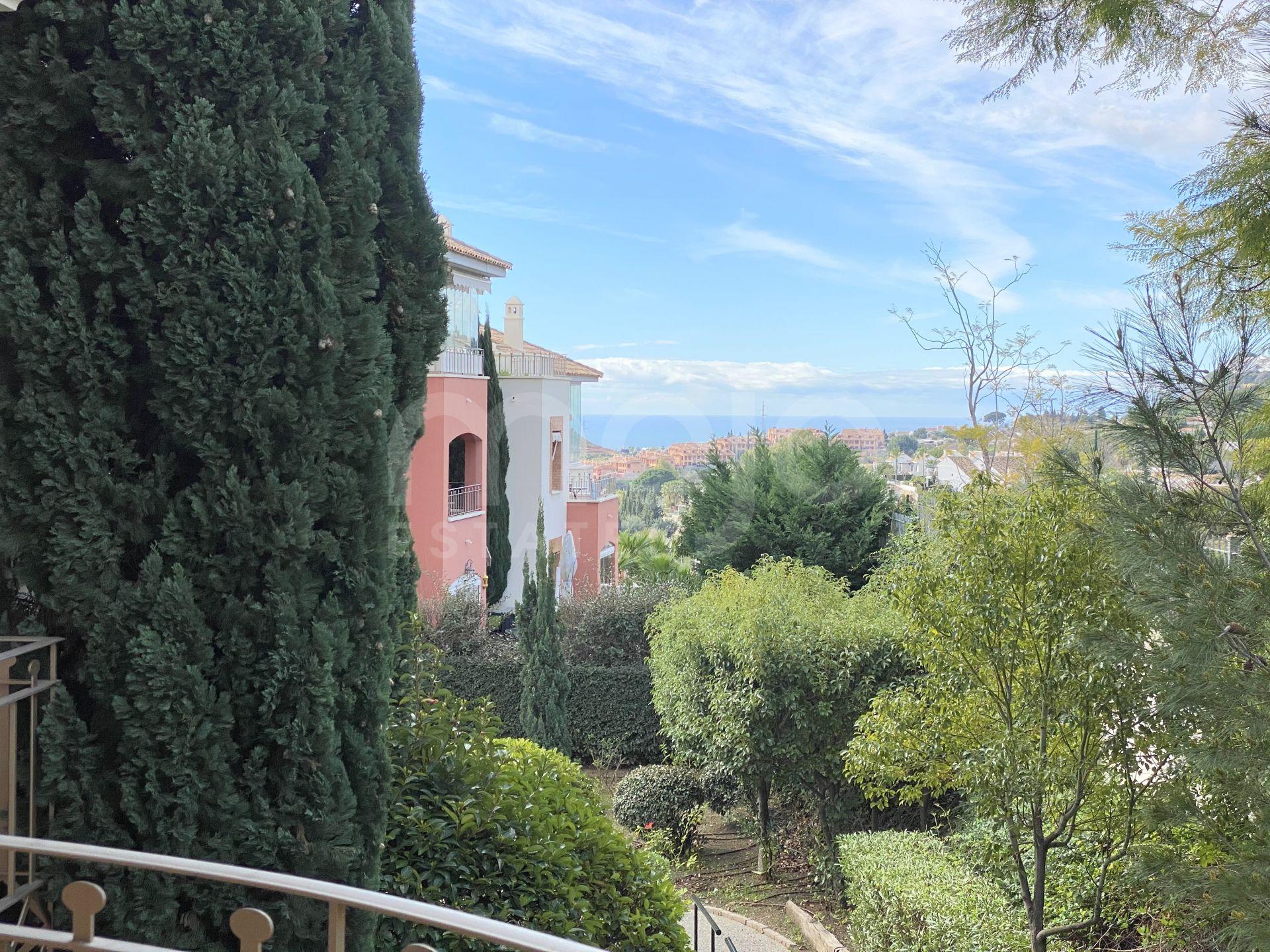 Apartamento Planta Media con terraza propia y vistas al mar