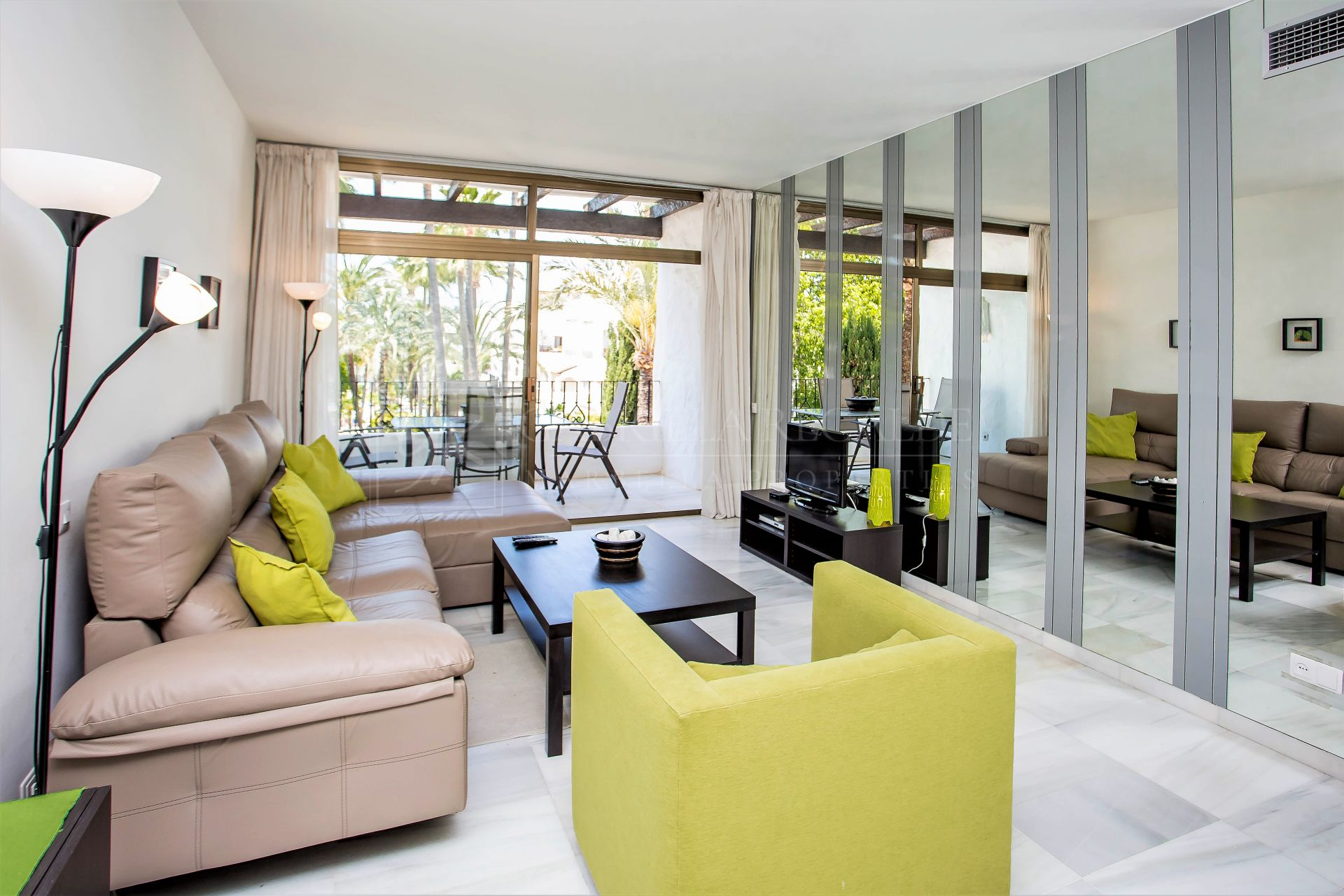 Apartment for sale in Alcazaba, Marbella