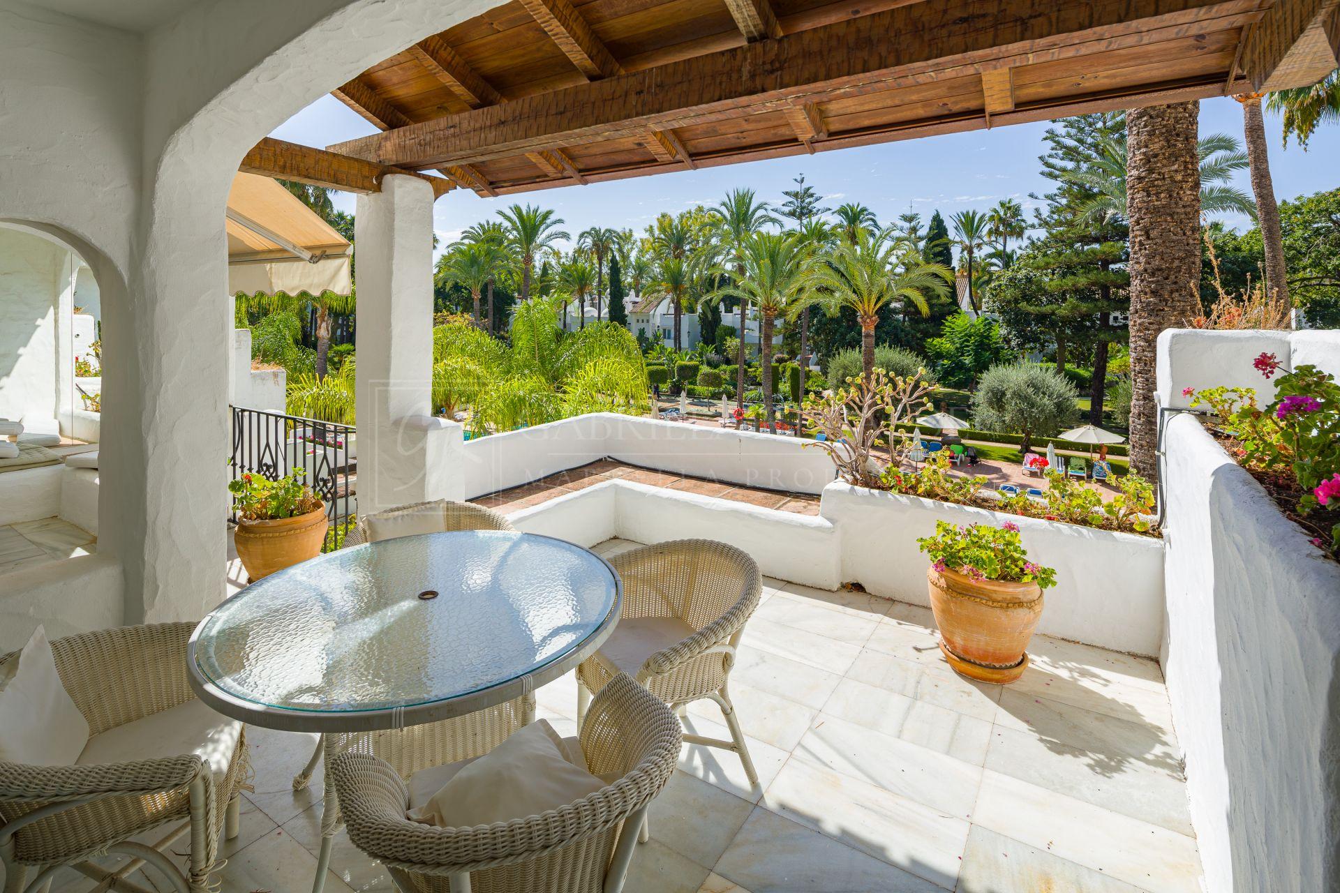 Apartamento en venta en Alcazaba, Marbella - Puerto Banus