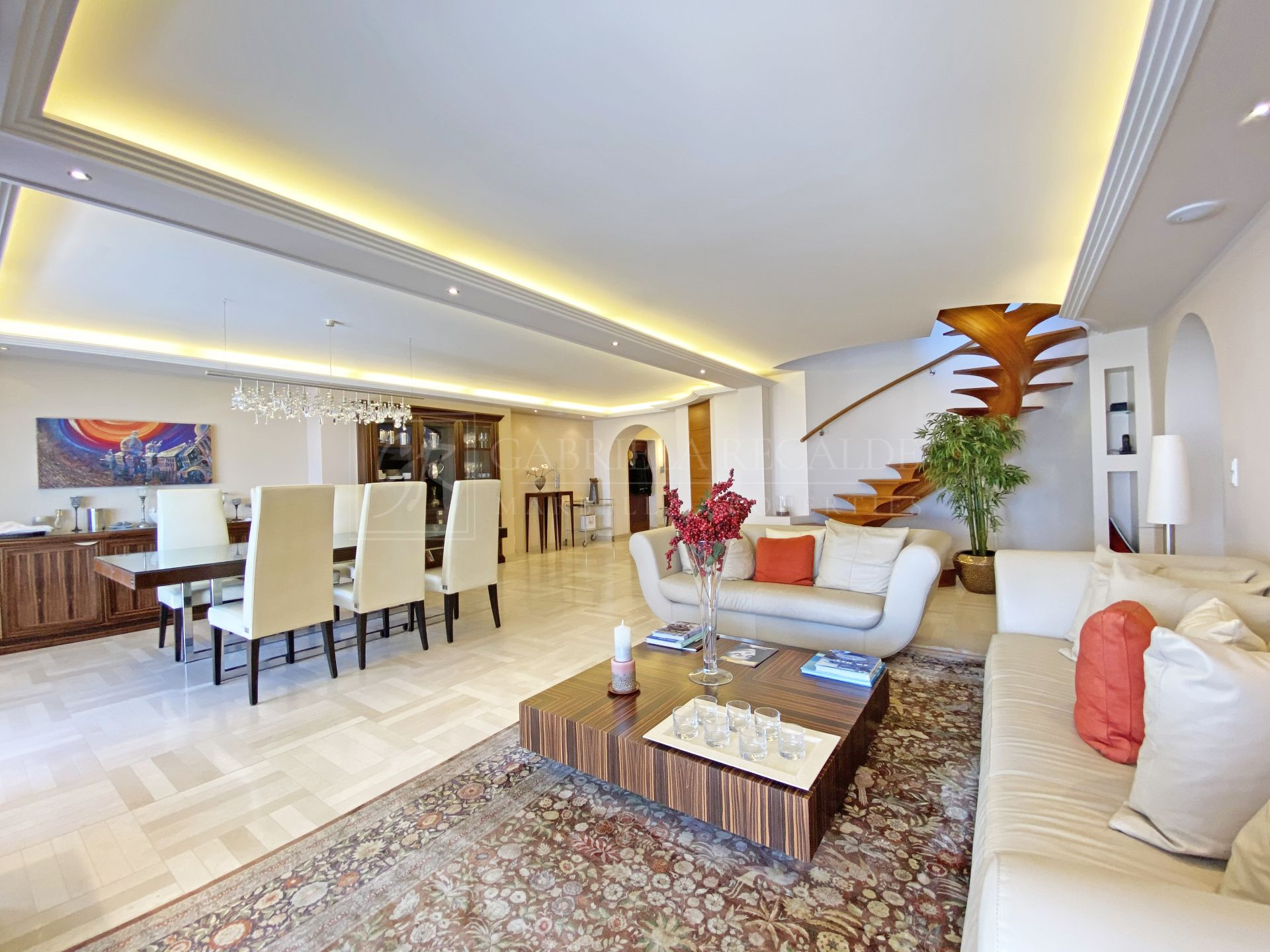 Luxury Duplex Penthouse in Puerto Banus