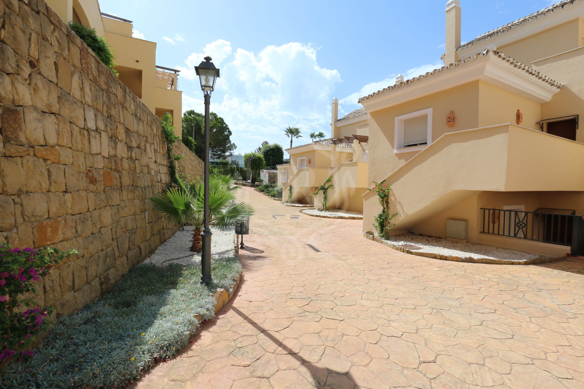 Town House for rent in Nueva Andalucia, Marbella