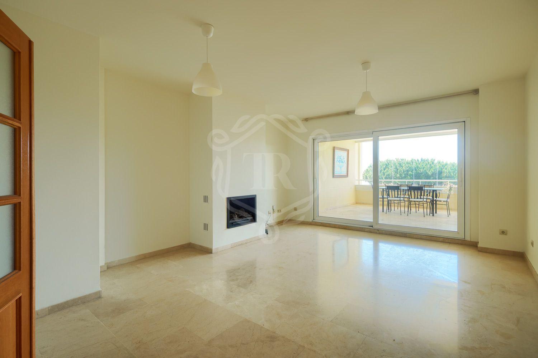 Apartamento en venta en Los Granados de Cabopino, Marbella Este