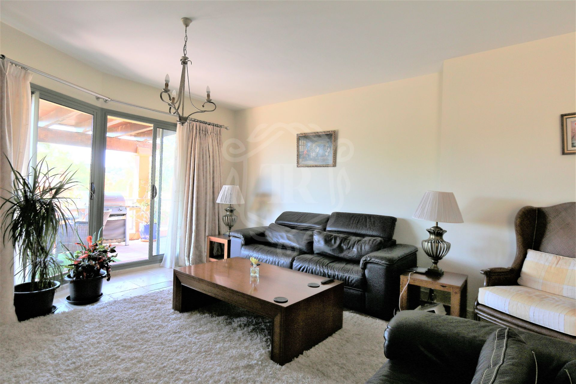Penthouse for sale in Benatalaya, Estepona
