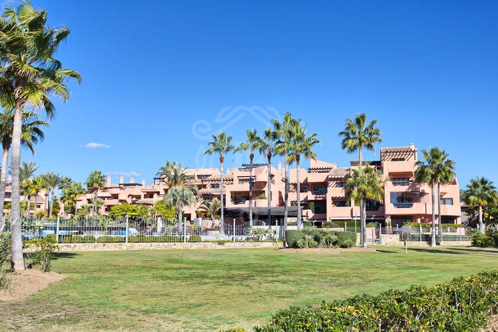 Atico en venta en Mar Azul, Estepona