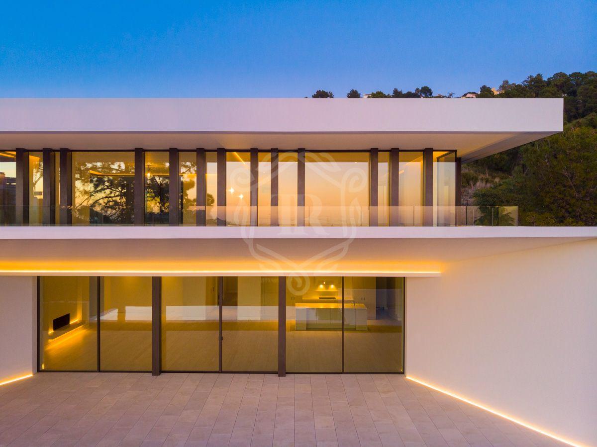 Amazing brand new villa surrounded by forest in La Reserva de Alcuzcuz, Benahavis