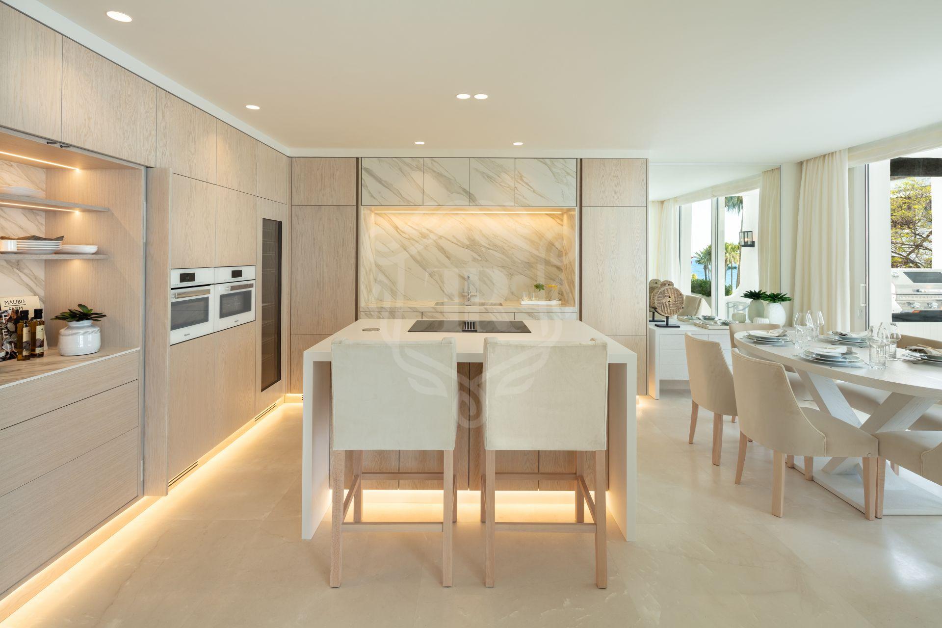 Apartment for sale in Marina de Puente Romano, Marbella Golden Mile