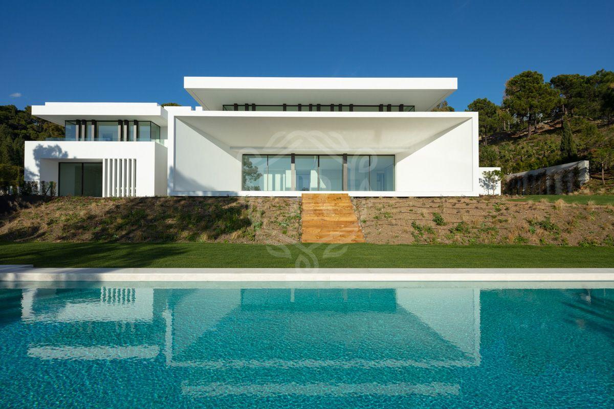 Modern new villa surrounded by forest in La Reserva de Alcuzcuz, Benahavis
