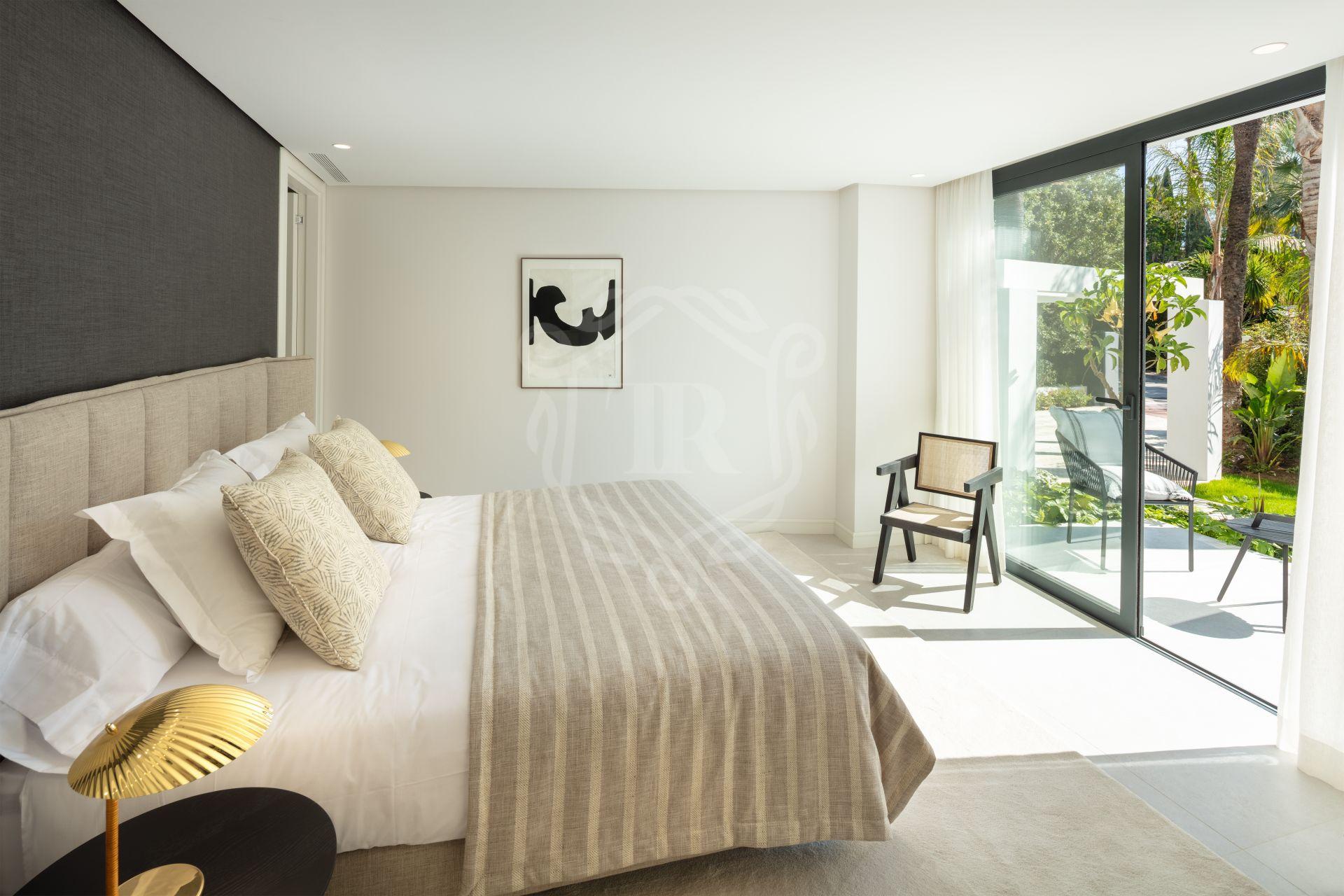 Villa en venta en Las Brisas del Golf, Nueva Andalucia