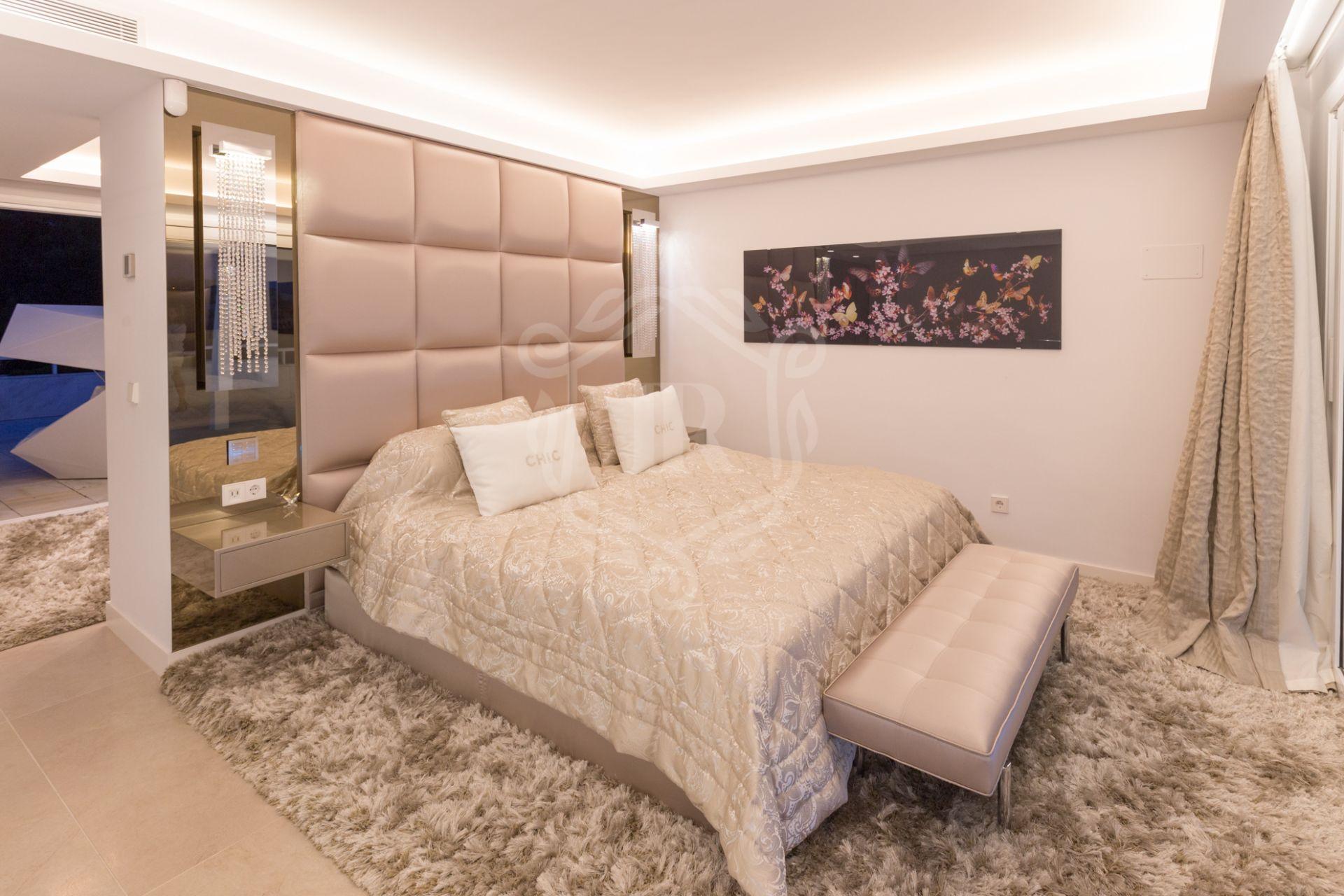 Duplex Penthouse for sale in Los Granados Golf, Nueva Andalucia