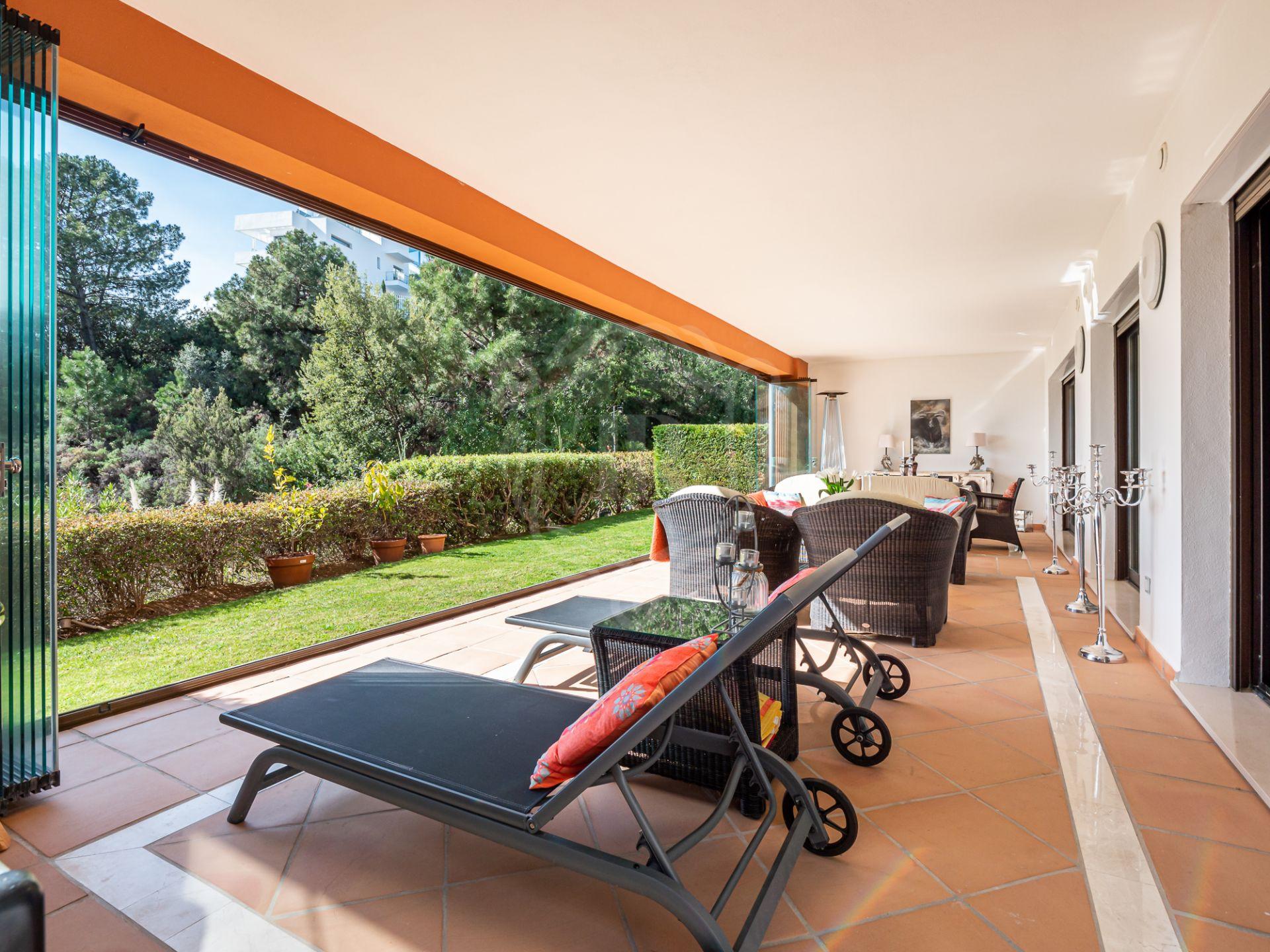 Ground Floor Apartment for sale in La Quinta, Benahavis