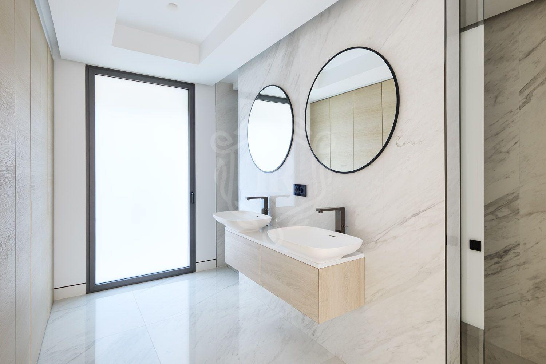 Ground Floor Apartment for sale in Emare, Estepona