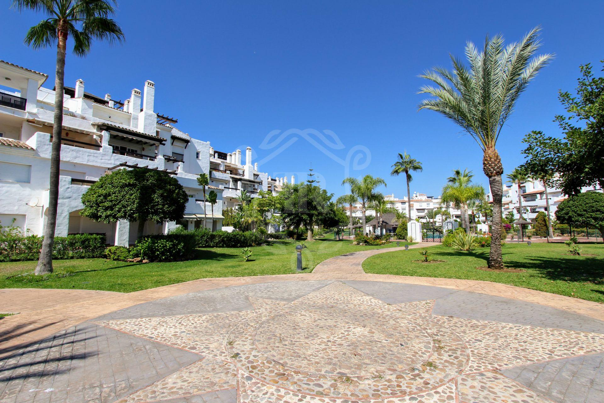 Apartment for sale in Las Adelfas, San Pedro de Alcantara