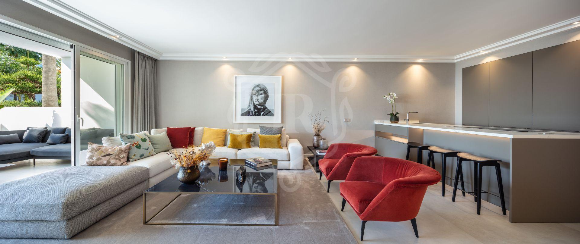 Ground Floor Apartment for sale in Puente Romano, Marbella Golden Mile