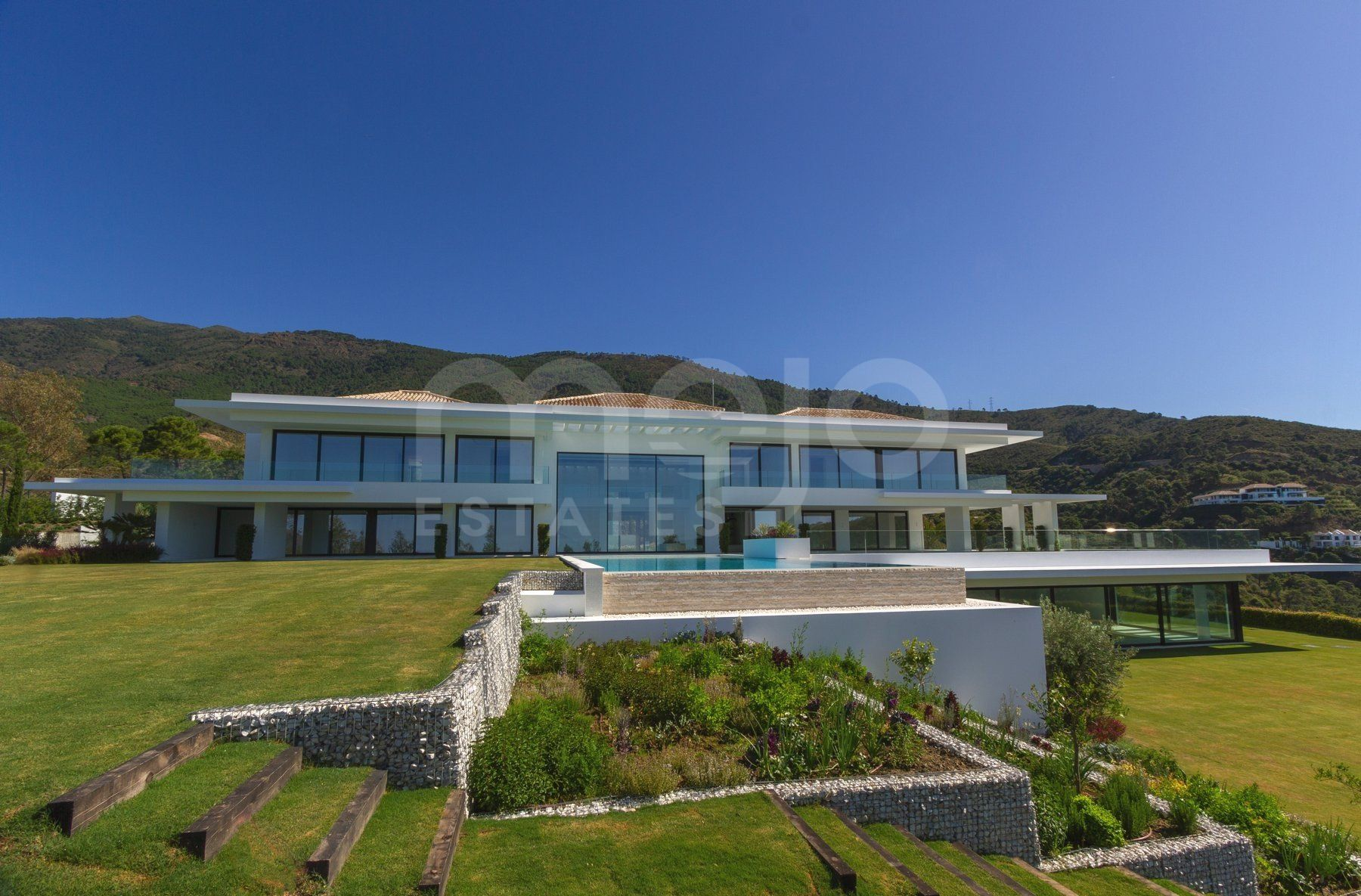 Exclusive new modern Villa in La Zagaleta, Benahavis