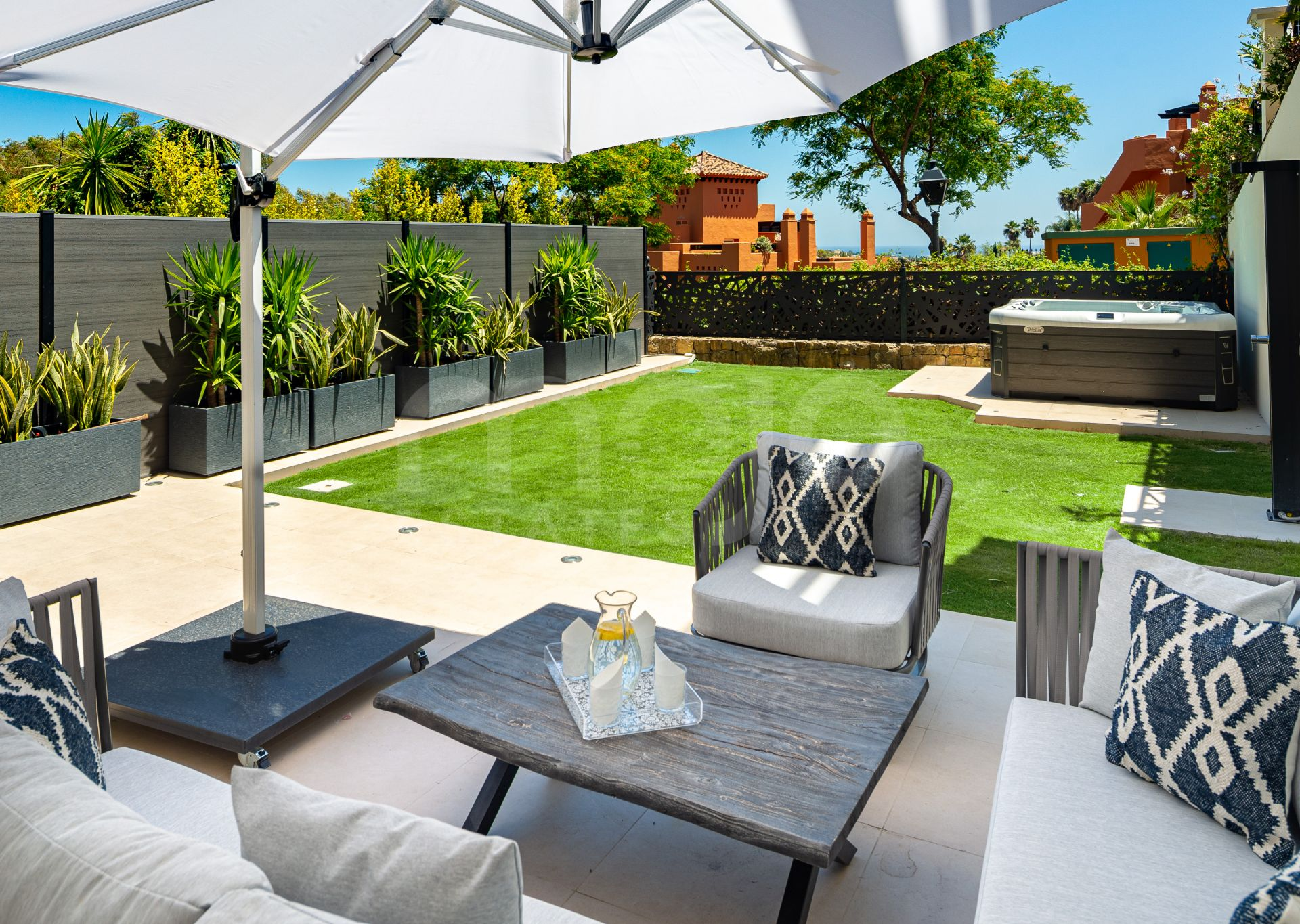 Appartement rez de chaussée à vendre dans Nueva Andalucia, Marbella