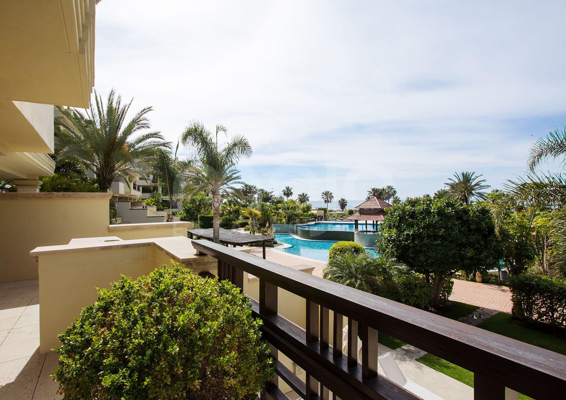 Stueetage Duplex til salg i Marbella - Puerto Banus