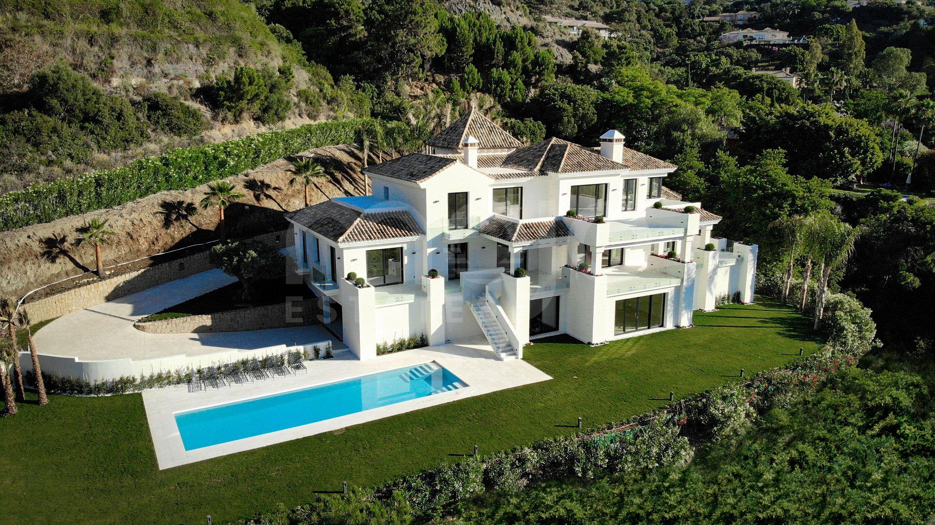 Majestic Brand New La Zagaleta Villa With Panoramic Views.