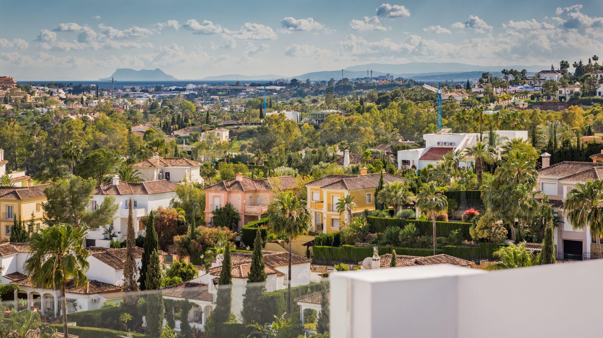 Ático duplex a estrenar y de alto lujo en Nueva Andalucía